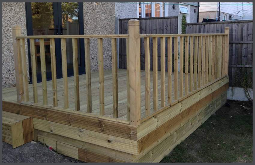 Decking Loughton